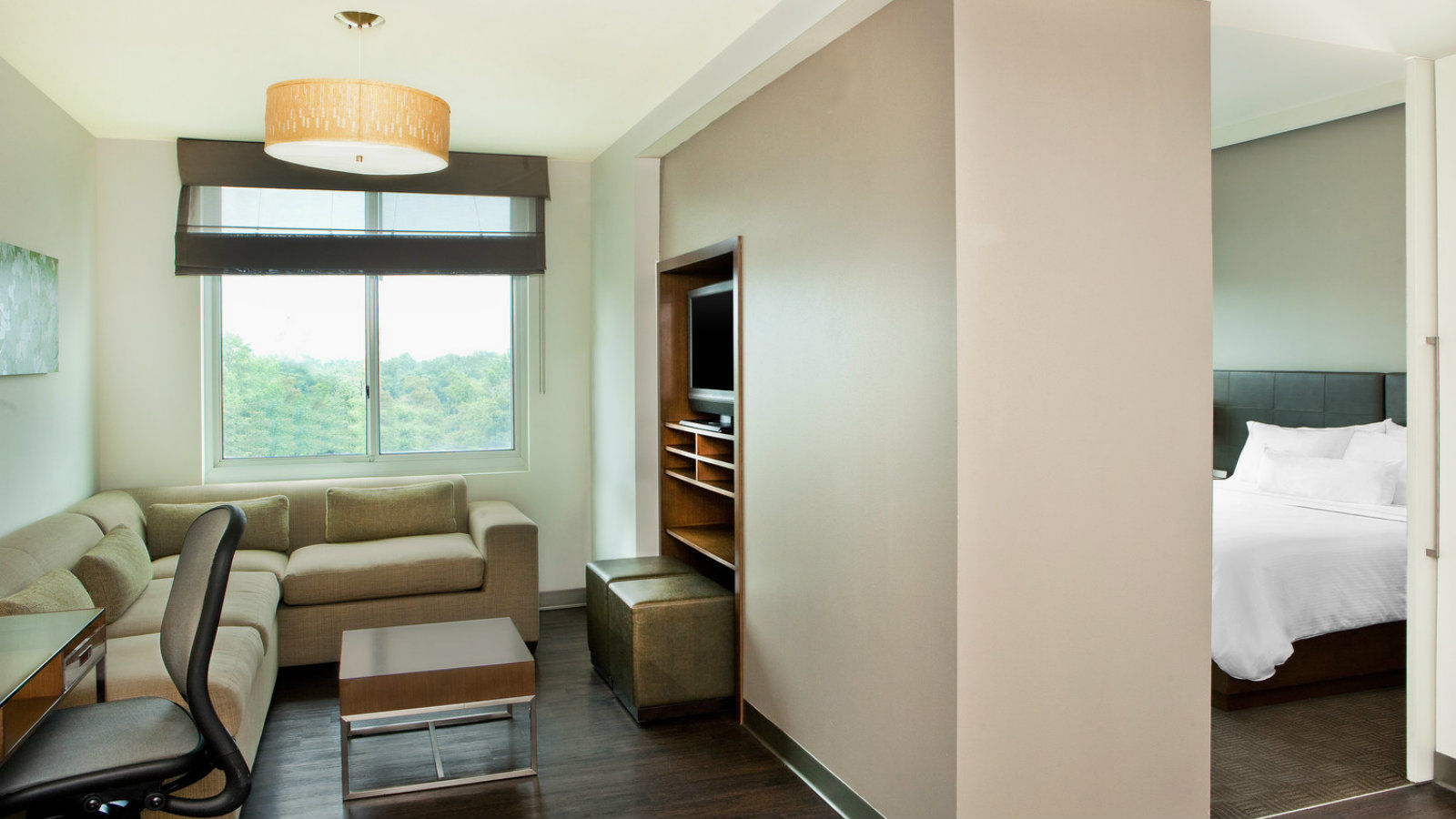 Arundel Mills Accommodations - One Bedroom Suite